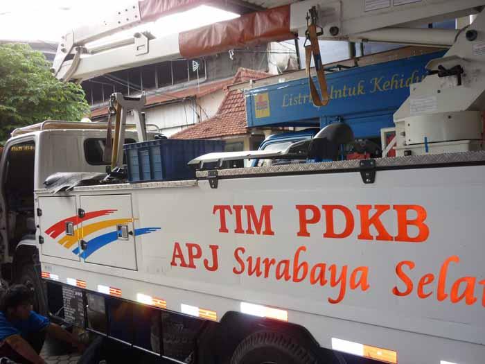 Servis AC Mobil untuk truck operasional PLN